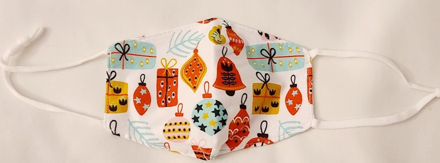 FACE MASK 1 UNISEX KIDS***CHRISTMAS***L@@K*** THIS IS SO CUTE, PREPARE YOUR KIDS FOR THE HOLIDAYS