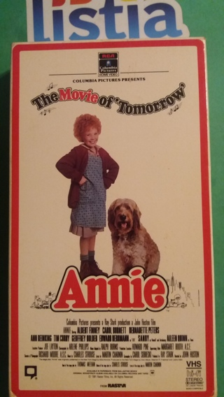 VHS movie  ANNIE   free shipping