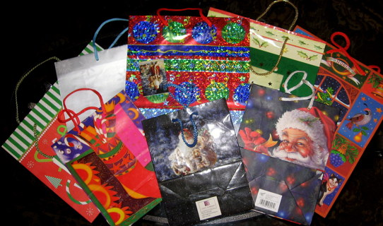 8 Christmas Gift Bags NEW Gorgeous Designs Big & Small Sizes