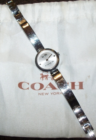 ✿COACH✿ SILVER LADIES WATCH NEW BATTERY INSTALLED  GUC