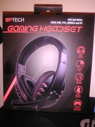 Gaming head set.