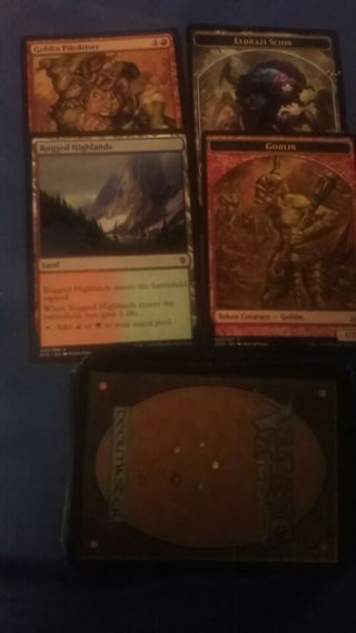 Pre built deck MTG colorless red green