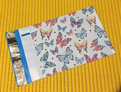 "10 RAINBOW BUTTERFLIES 6"" x 9"" Poly Mailers"