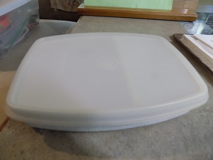 tupperware hard plastic speckled divided dish for lunch boxes