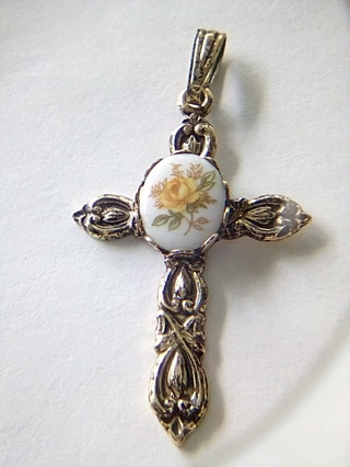 Flower cross pendant