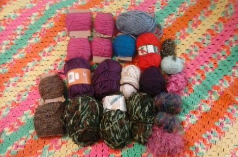 YARN LOT! FREE SHIPPING!