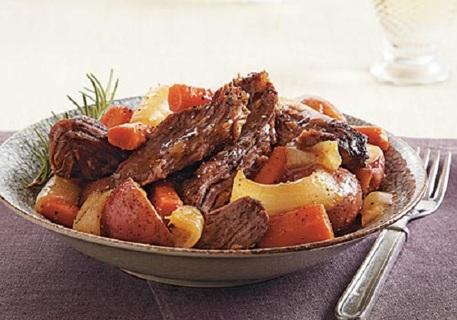 ✻ Slow Cooker Loaded Pot Roast  w/ Garlic & Onions Recipe✻