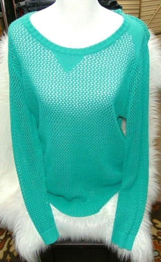 """PRETTY Plus Size 16/18 """"Fishnet"""" Inspired Wide U Neck Pull Over Top"""