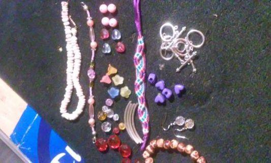 Bead and bracelet lot