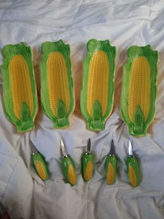 Vintage Corn Cob Plates and Holders