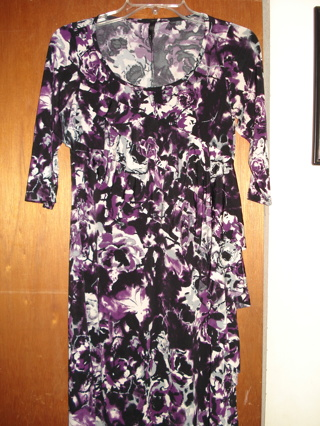 NWOT! Pretty floral dress, small, Nic and Dom, GIN!