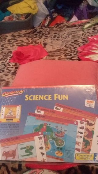 Age 3-7 Science fun ,20 games