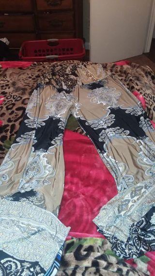 Women lounging pants size XL 16/18