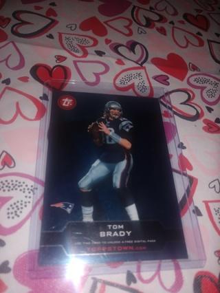 2 Card Lot football Joe Montana and Tom Brady both quarterbacks, Goats of the NFL