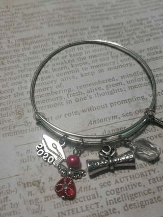 2020 graduate hand made believe bracelet