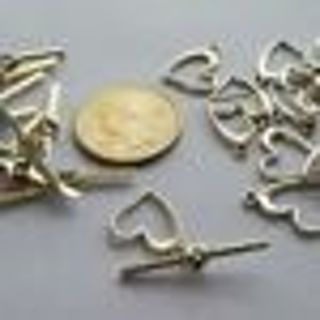 **New Postage Notes! One Silvertone Heart Toggle Clasp - 18x15mm