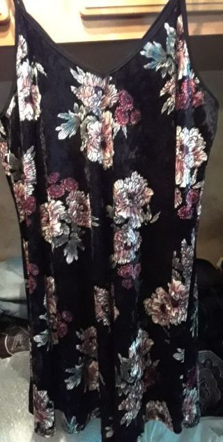 NWOT Plus Size Dress size 3X (22/24)