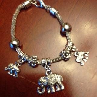 Nickel Free bracelet with Elephant Charms.
