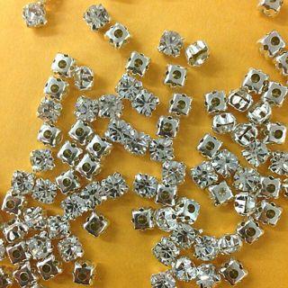 10 Clear Rhinestone beads