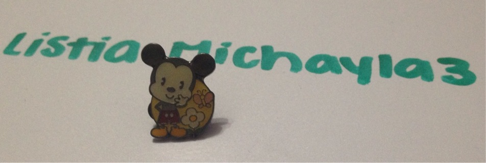 Mickey Mouse cutie Disneyland trading pin