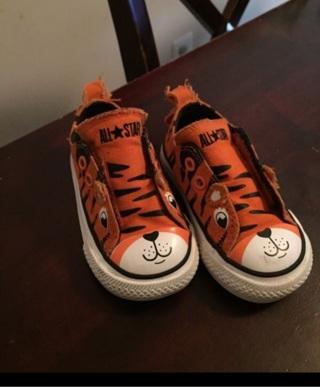 Converse Tiger Shoes Size 4