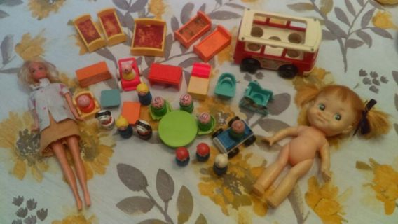 Lot of 1960's Barbie, Forsum Doll and Little People Family