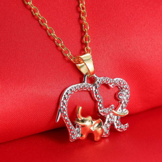 Creative Mothers Day Gift Crystal Elephant Charm Pendant Necklace