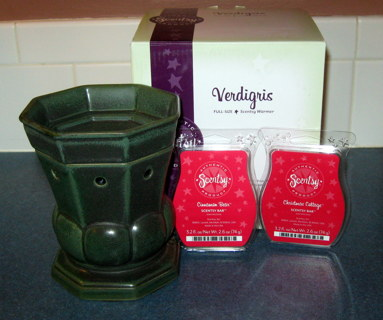 Free Scentsy Warmer Quot Verdigris Quot New With 2 Scent Bars
