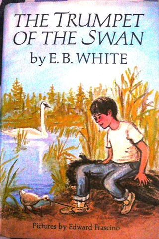 Vintage Book: The Trumpet of the Swan by E.B. White