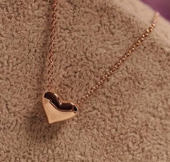 Gold women's necklace jewelry necklace
