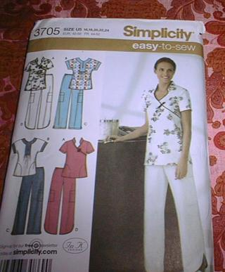 Free: *UNCUT* SIMPLICITY PATTERN~# 3705~EASY TO SEW~MISSES SCRUB ...
