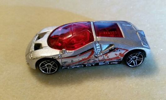 Hot Wheels Ford GT 90 from 1997. Silver and Red, in Great Shape! Check it out!