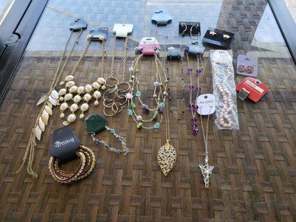15 piece NWT jewelry ~more bids= more jewelry
