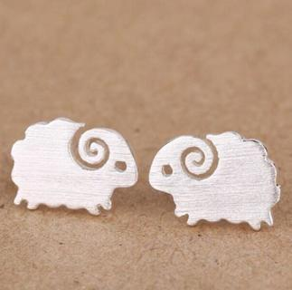 SMJEL New Fashion Jewelry Accessories Cute Small Brushed Delicate Sheep Stud Earrings for Women