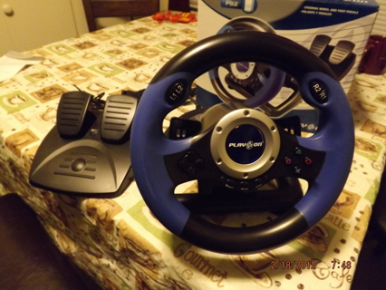 Brand New PS2 Play on V8 Plus Racing Wheel with Foot Pedals
