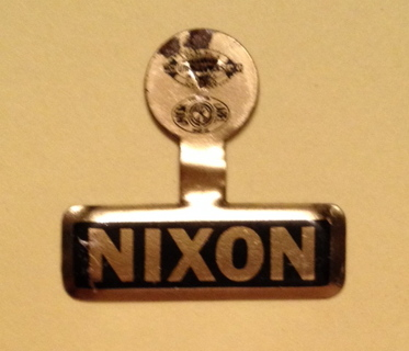 1960 Original Richard NIXON for President gold color political election campaign button lapel tab