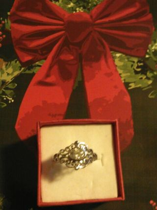 925 STERLING SILVER WITH CUBIC ZIRCONIA RING