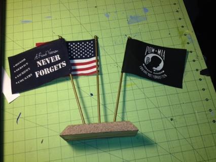 Veteran Flag Desk Set
