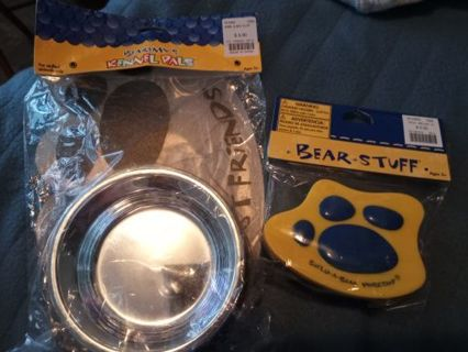NWT Build-A-Bear Bowl, Mat and Paw Brush