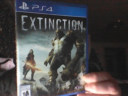 EXTINCTION PS4 USED