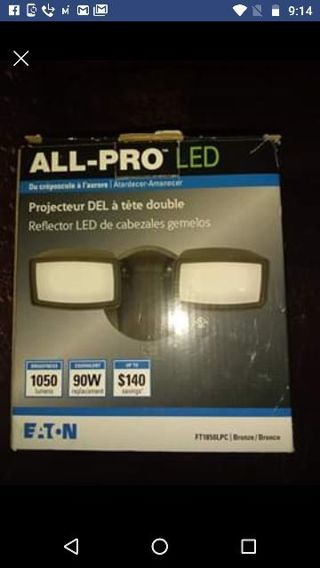 ALL PRO OUTDOOR DOUBLE LED LIGHT