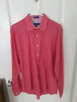 Men Button down shirt (L)