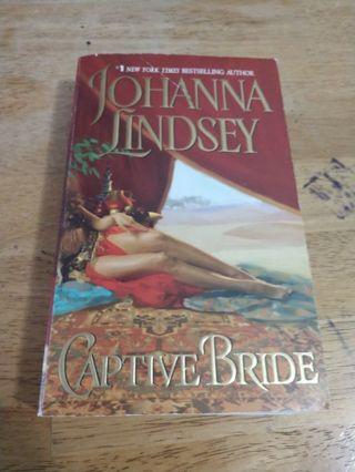 Captive Bride by Johanna Lindsey (paperback)