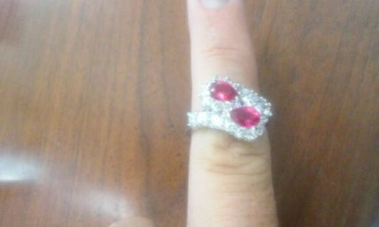 Gorgeous Size 6 Ring