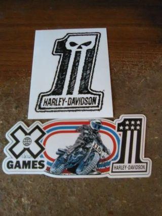 2 Harley-Davidson Stickers