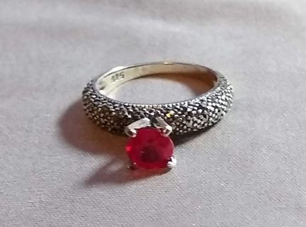 RING NATURAL RUBY 1.10 CARATS SET INTO STERLING SILVER THIS IS A STEAL OF A DEAL!