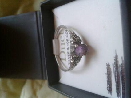 Sterling silver ring w/Genuine Amethyst stone