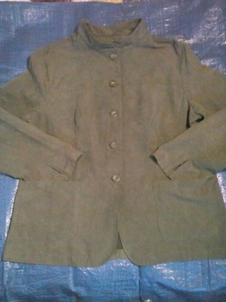Jaclyn Smith size 16 light weight coat green