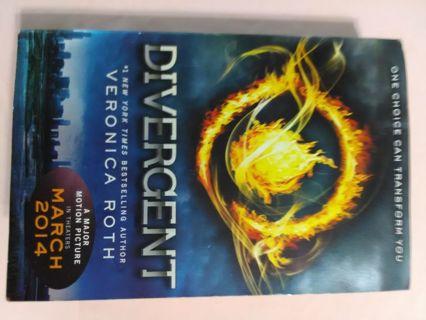 Divergent, paperback