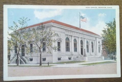 POST OFFICE, IRONTON, OHIO 1940'S old unused postcard